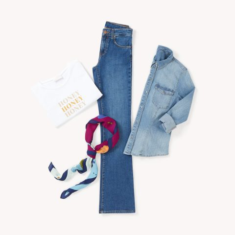 look with jeans flare