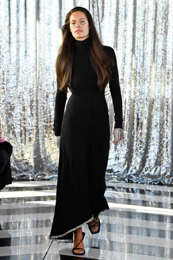 paula-knorr-high neck london fashion week aw 2020
