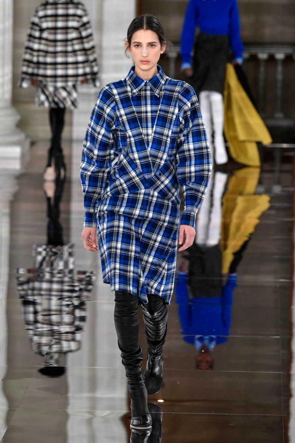 victoria-beckham checks london fashion week