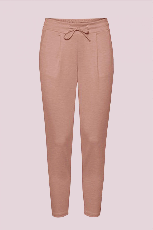 pantalones rosas tendencia 2021