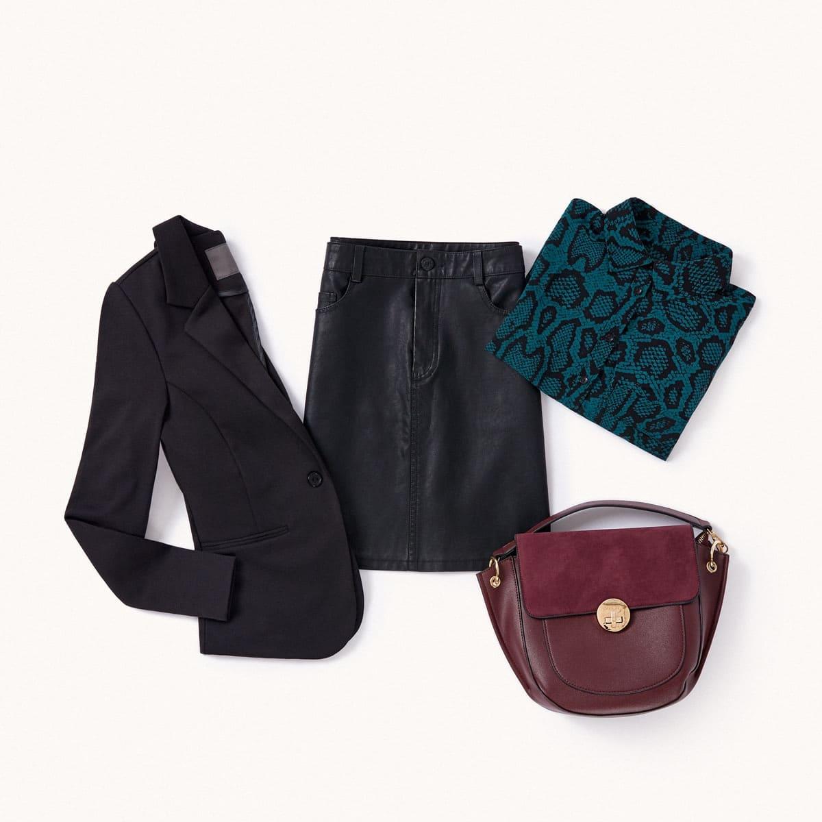 jupe noire façon cuir et blazer