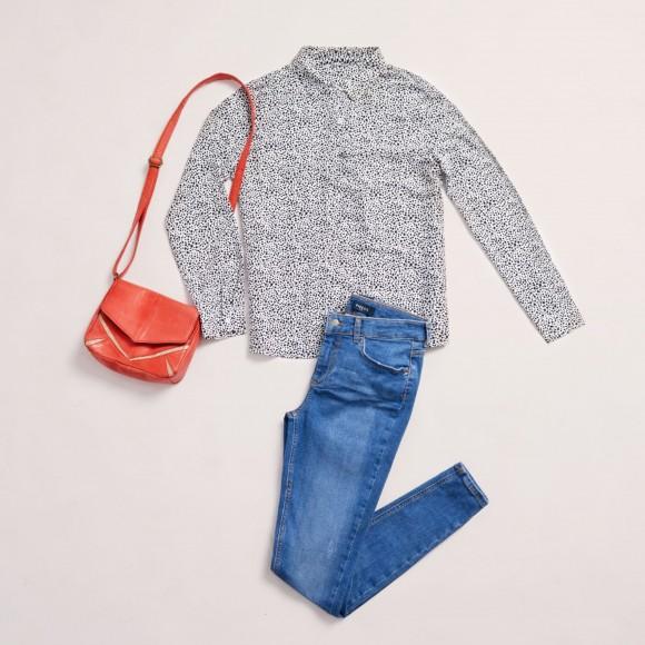 look con jeans, camisa estampada para la fiesta de fin de curso de niños