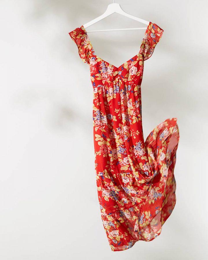 vestido corte A rojo estampado floral
