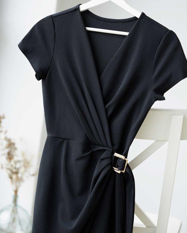 escote V vestido