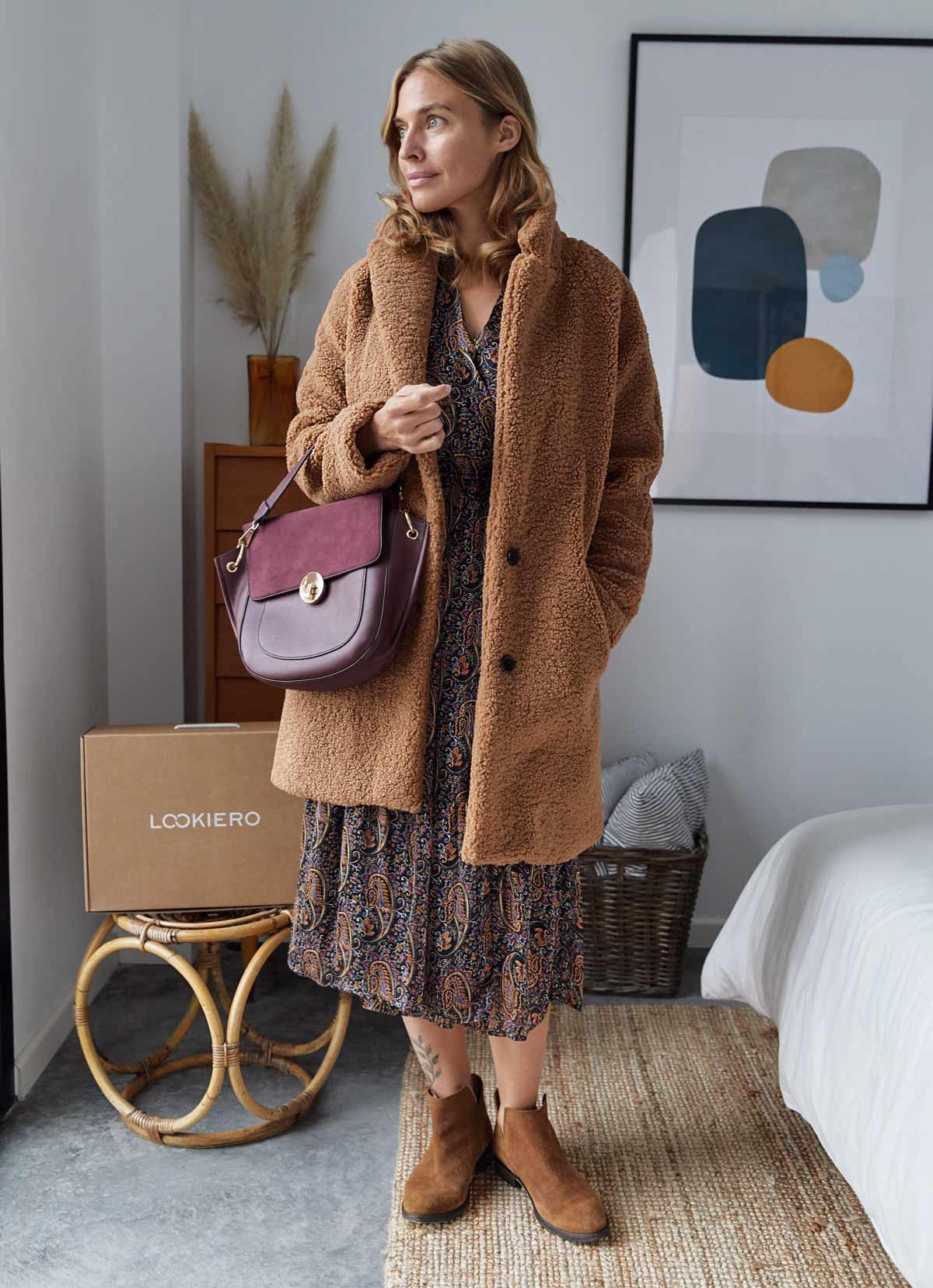 manteau teddy avec robe midi boho decembre tenue