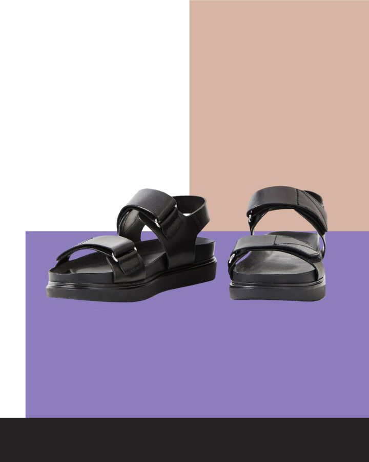 ugly sandals negras