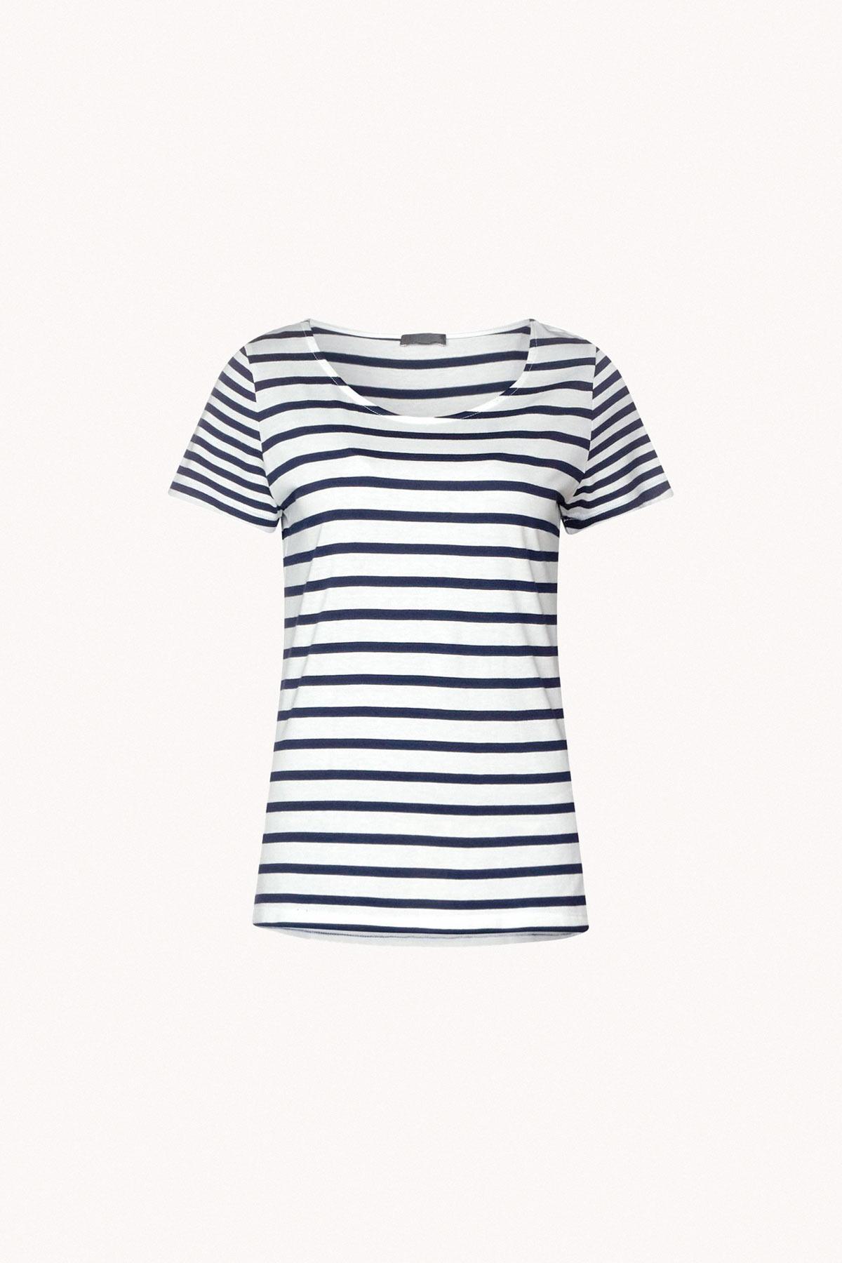 camiseta marinera armario cápsula