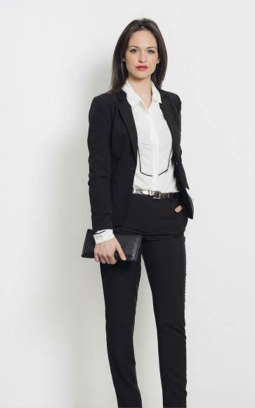 Look elegante con blazer