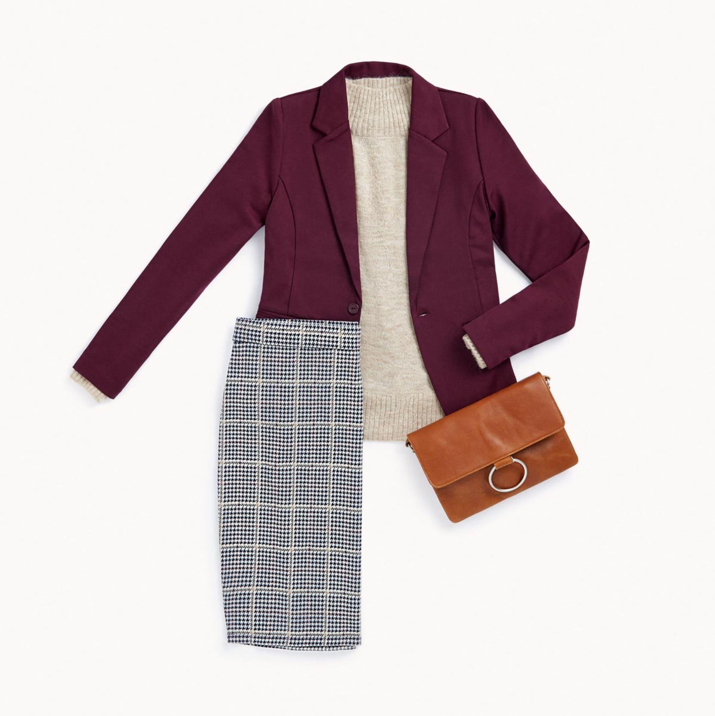 La jupe crayon et le blazer bordeaux