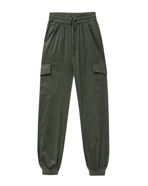 pantalón cargo estilo aesthetic