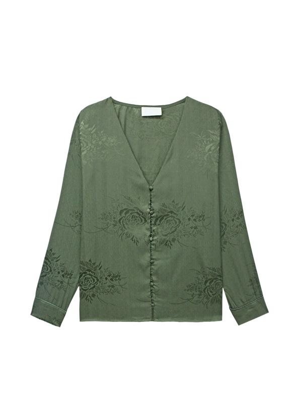camisa escote en pico para pecho mediano