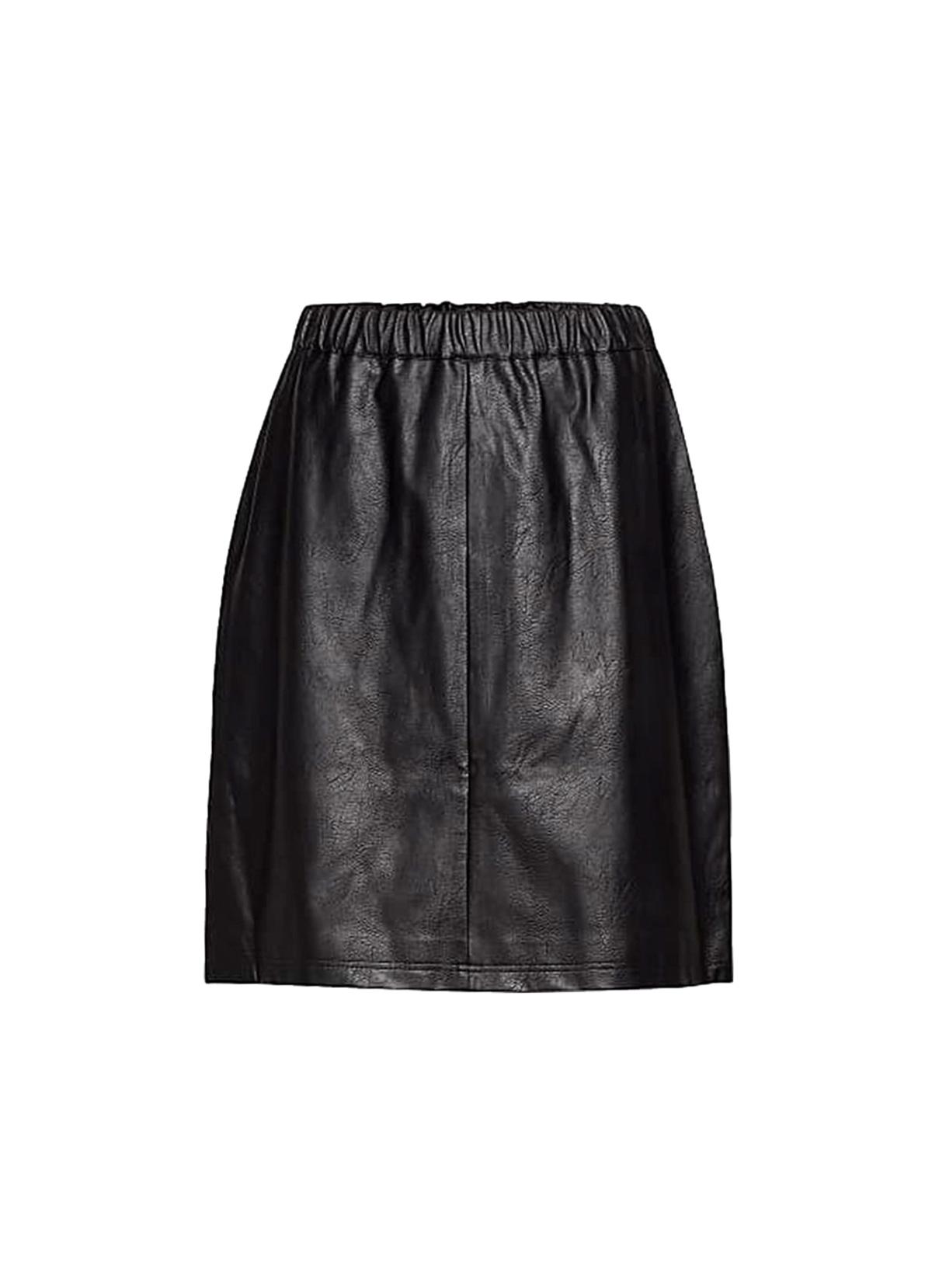 falda efecto piel negra