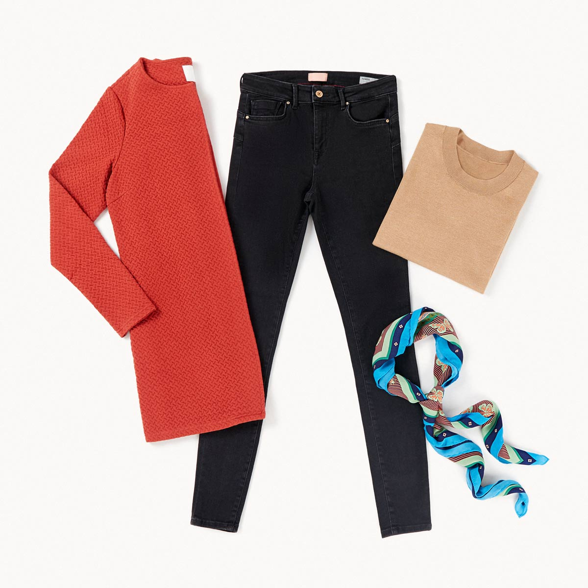 jeans negros look chic
