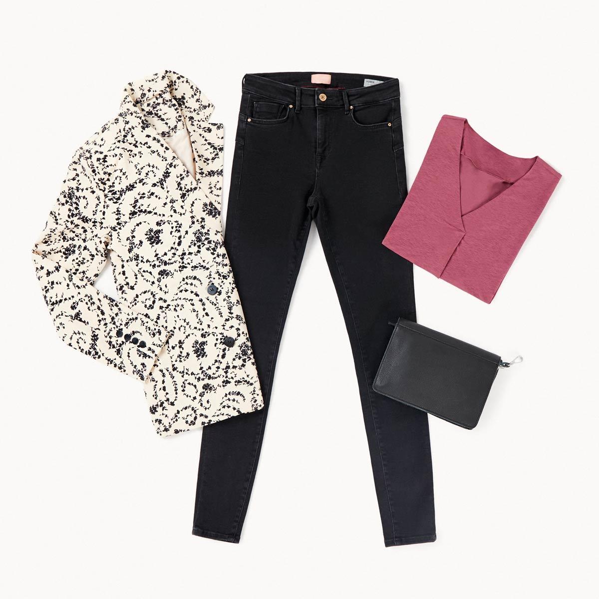 jeans noir et animal print