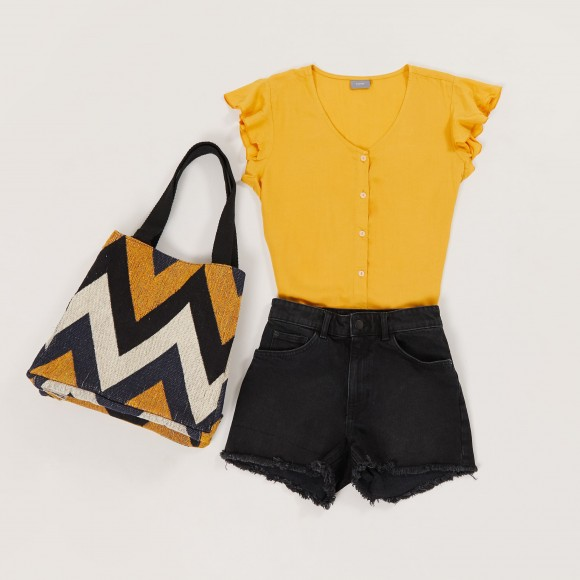 look-short-negro-top-amarillo