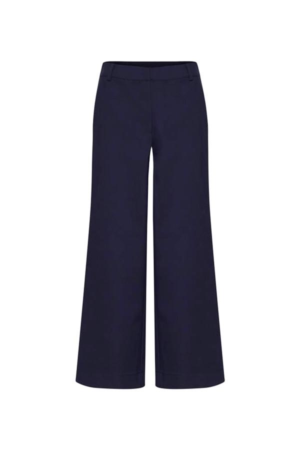 pantalon estilo navy