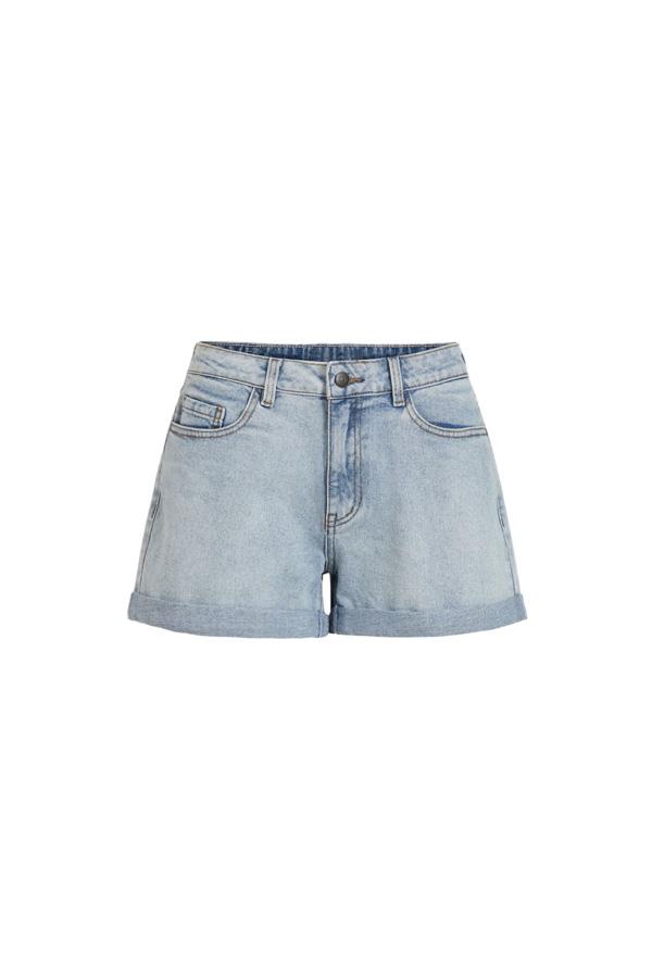 le short en jean capsule wardrobe ete