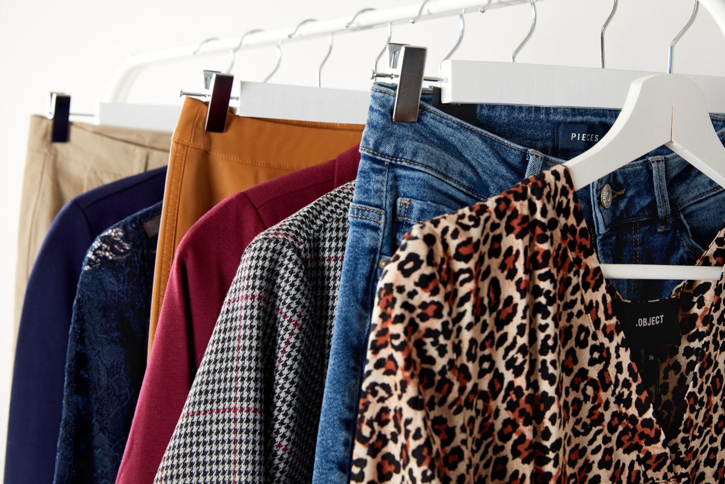 Bolsos de mujer con color: el 'plus' para tus looks de otoño