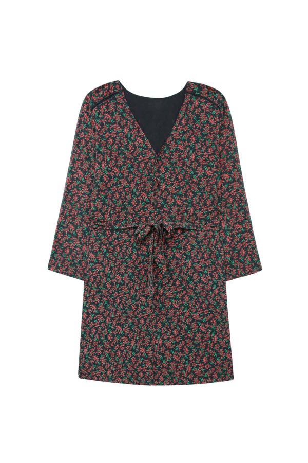 vestido floral armario capsula oficina